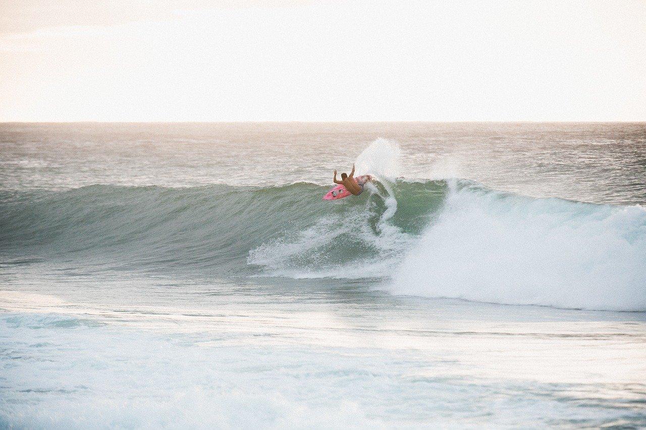 Surfen Turns Wie macht man einen Top Turn Wellenreiten