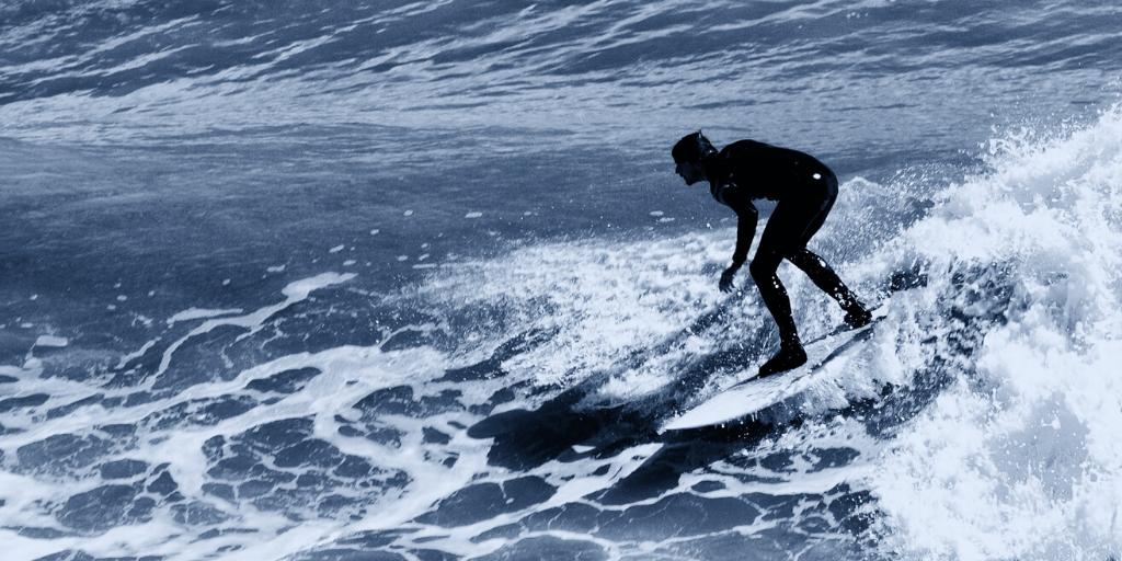 Geschwindigkeit aufbauen beim Surfen mit Pumpen