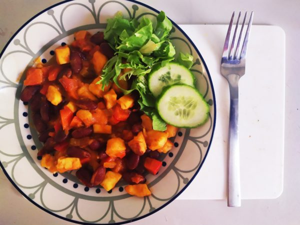 Vegan Low Carb Kidneybohnen Pfanne mit Tofu