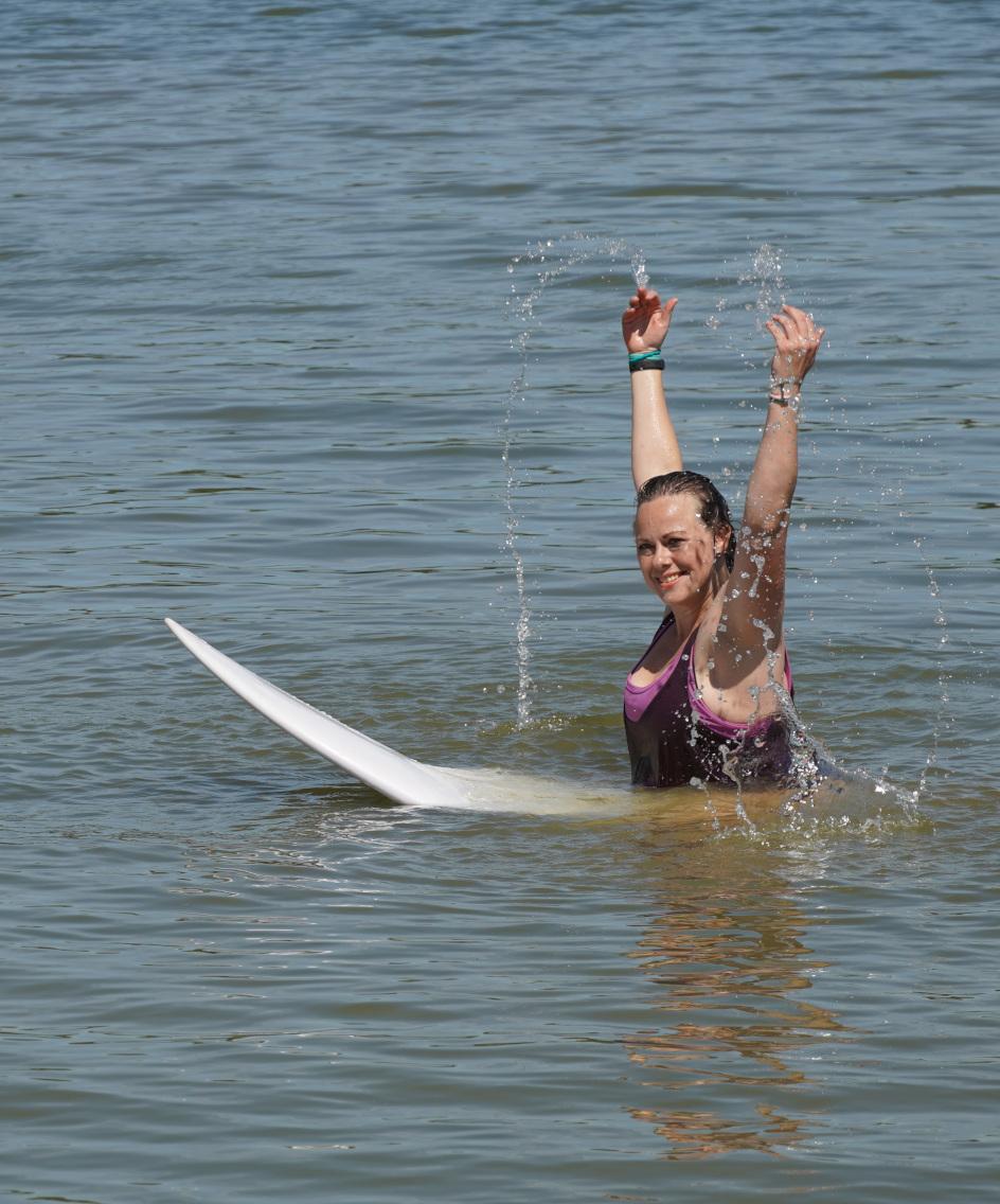 Typisches Surfer Girl