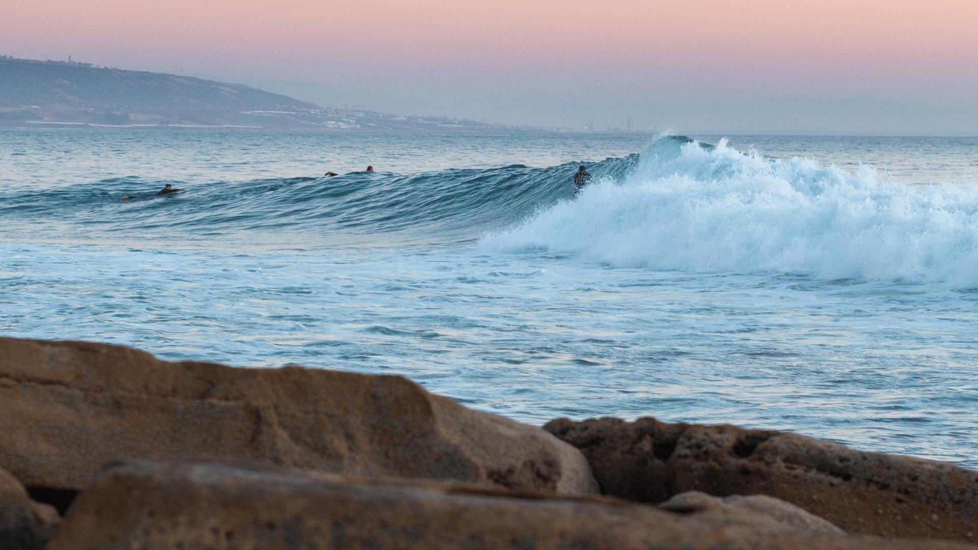 So bekommst du mehr Wellen beim Surfen mehr Wellen bekommen